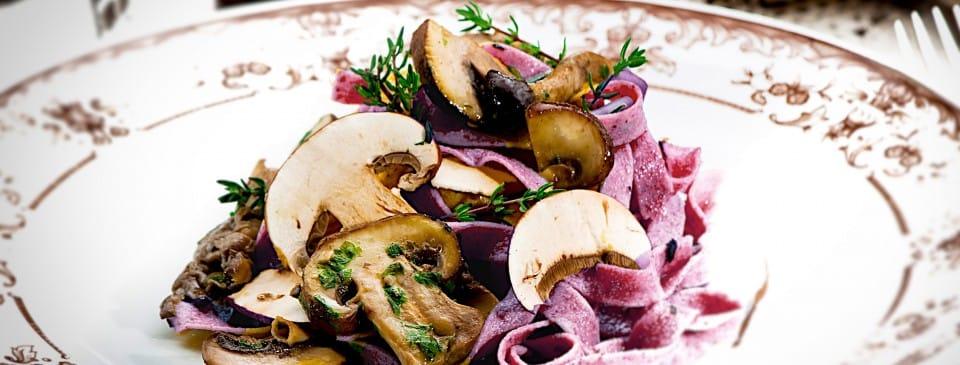 fresh pasta with mushrooms